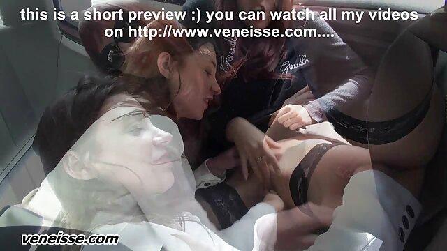 Molto giovane video di donne nude lesbiche skinny ragazza con tette piccole e un giovane ragazzo